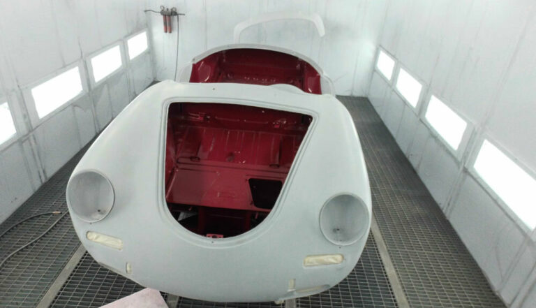 356 Roadster Red Paintwork 9